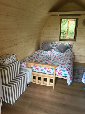 luxury log pod - Longtown