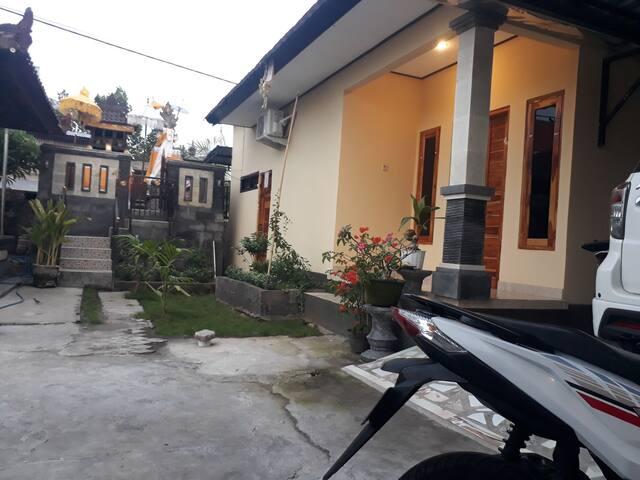 D bucu guest house and mini resto