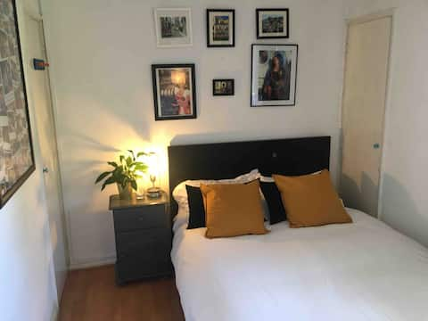 Private bedroom in a 2 bedroom flat