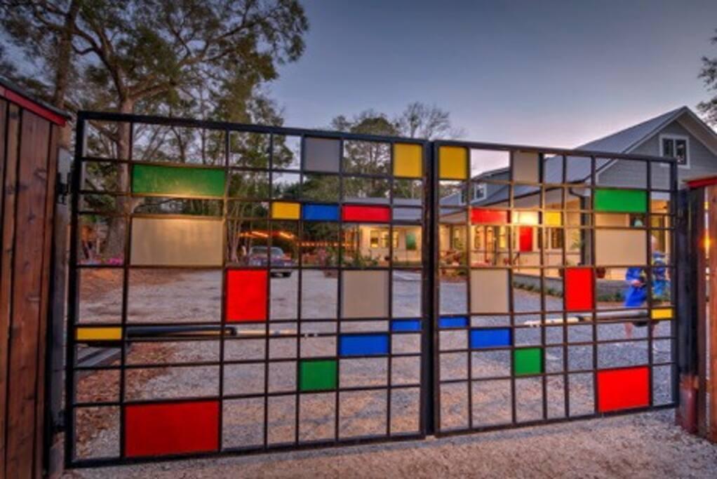 Privacy gate on Nichols Avenue