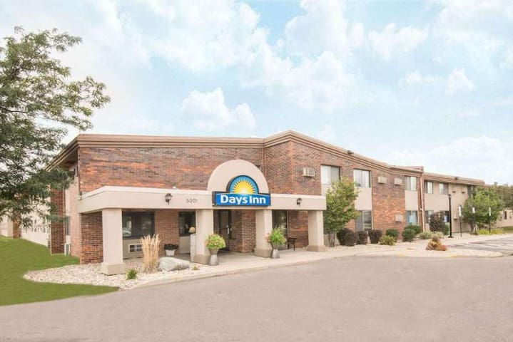 Available Room Two Double Beds At Joe Foss Field Regional Airport
