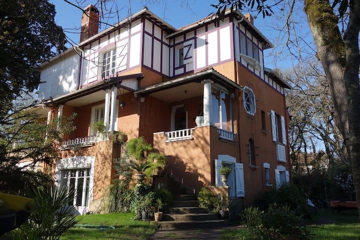 Villa Belle-Epoque à Royan-Pontaillac-
