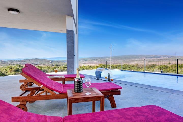 Villa Mila, Croatia Luxury Rent