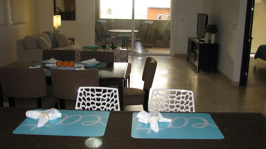 EXCLUSIVE CONDO AT EAGLE BEACH - Oranjestad - Oeste - Condomínio