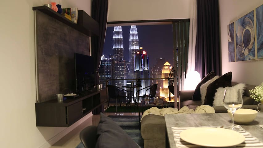 Modern&Cozy Apt w/ Amazing View of KLCC City (A)