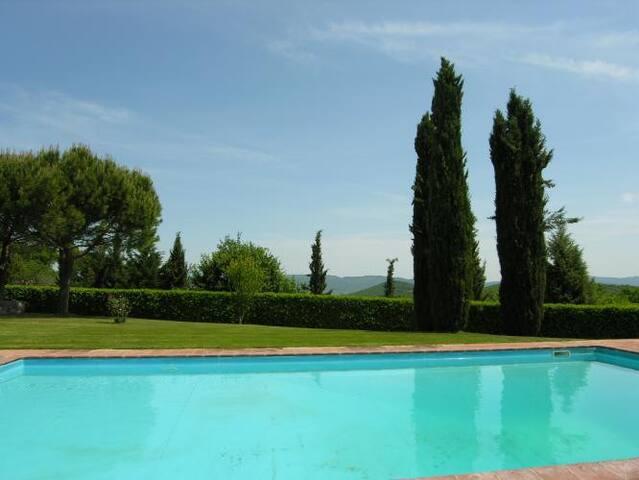 Fiorita swimming pool