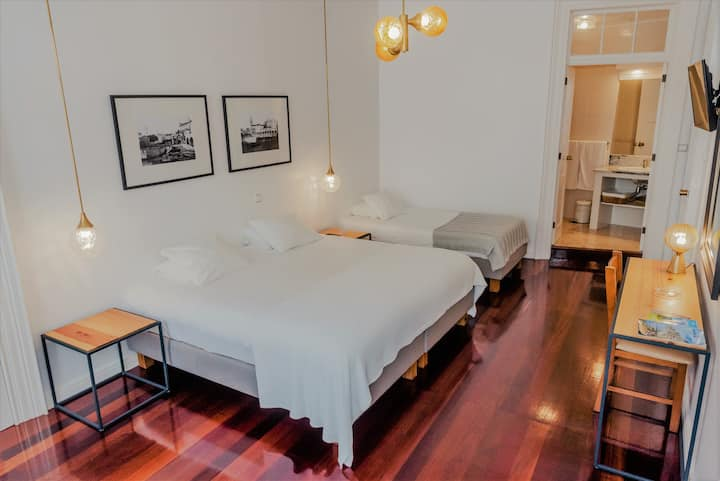 Comercial Azores Guest House Room for 4
