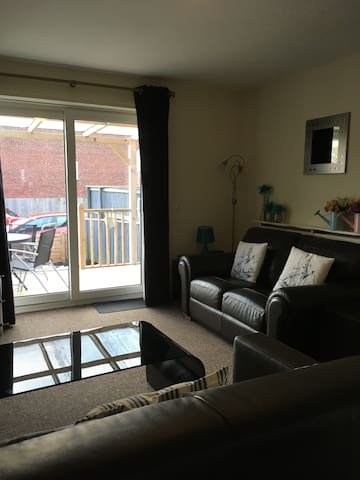 Rooms For Rent In Scarborough From June