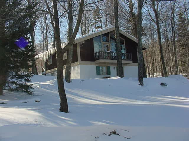 Stratton Mountain Chalet, Walk to Slopes