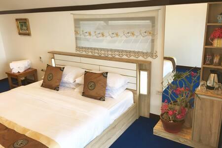 Peppy Guesthouse Room 1 - Ko Lanta Yai - Dům pro hosty