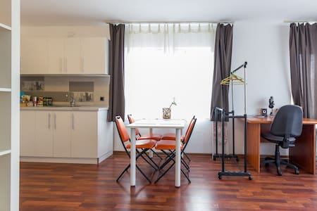 Modern Studio Apartment towards the airport - Cluj-Napoca