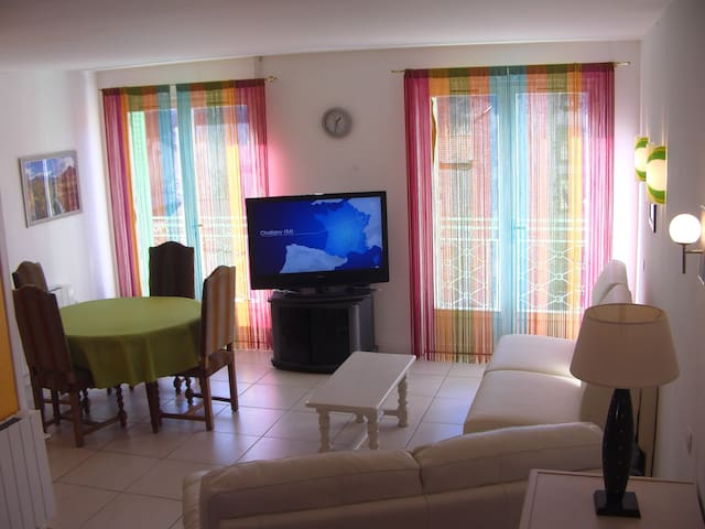 Appartement F3  à Massiac au Coeur de l'Auvergne - Massiac - Huoneisto