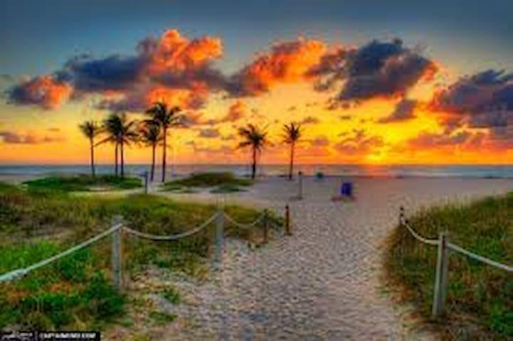 Singer Island Waterfront Beach Resort