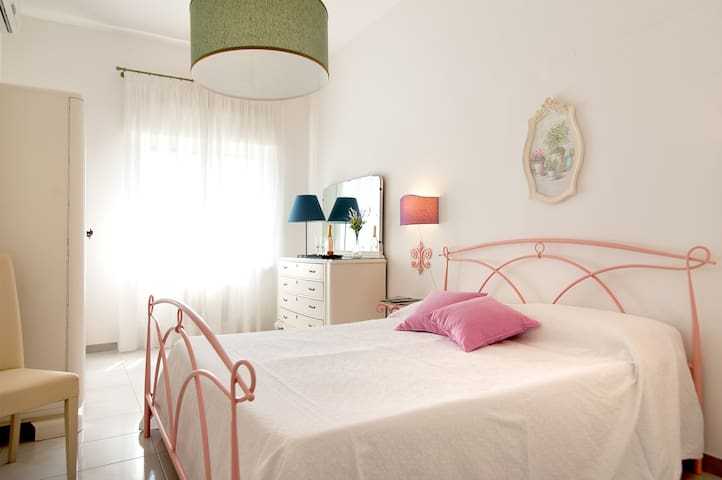 Huge, Brilliant, Elite Apartment - HEART of Lecce
