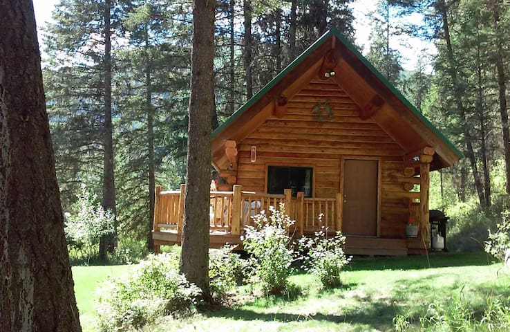 Heron's Roost Vacation Rental Cabin #1
