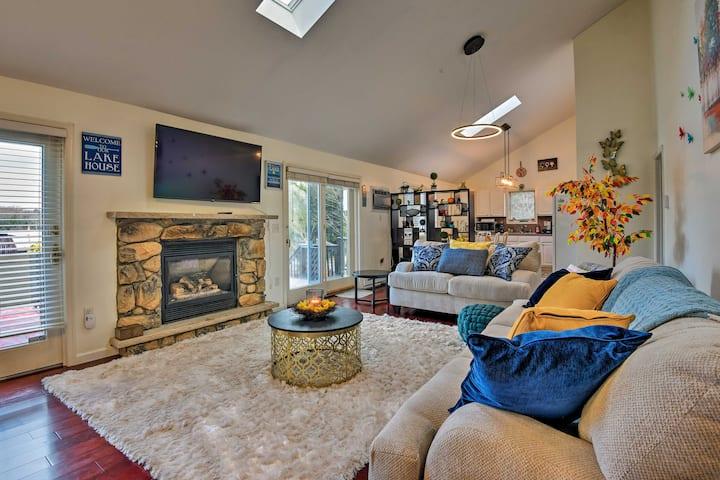 Lakefront Poconos Home w/Hot Tub, Fire Pit & Deck!