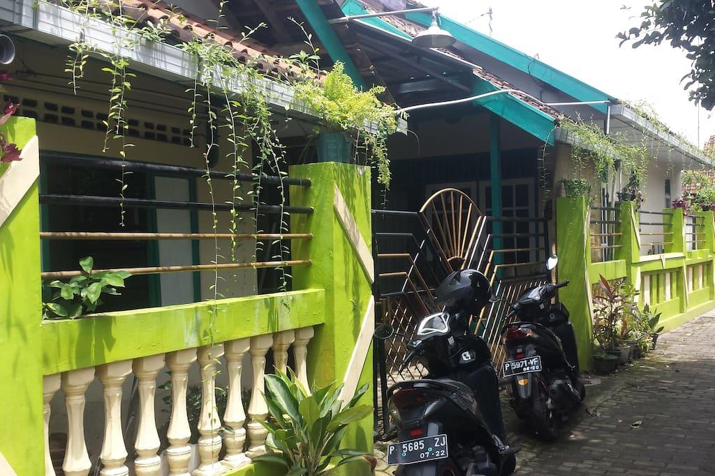 Omah Inn (Tampak Depan)