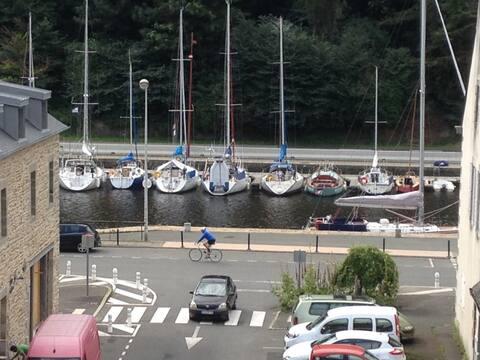 Port du Légué. Cozy app in shipowner's house