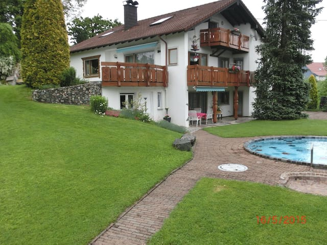 Urlaub am Bodensee, Ferienwohnung für 4 Personen - Tettnang - Appartamento