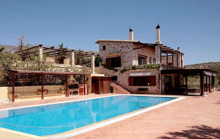 Athens Luxury Farmhouse - Keratea - Casa