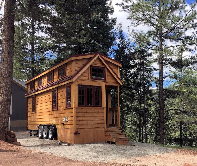 Tiny house luxury in amazing setting vacation homes for for Tiny vacation homes
