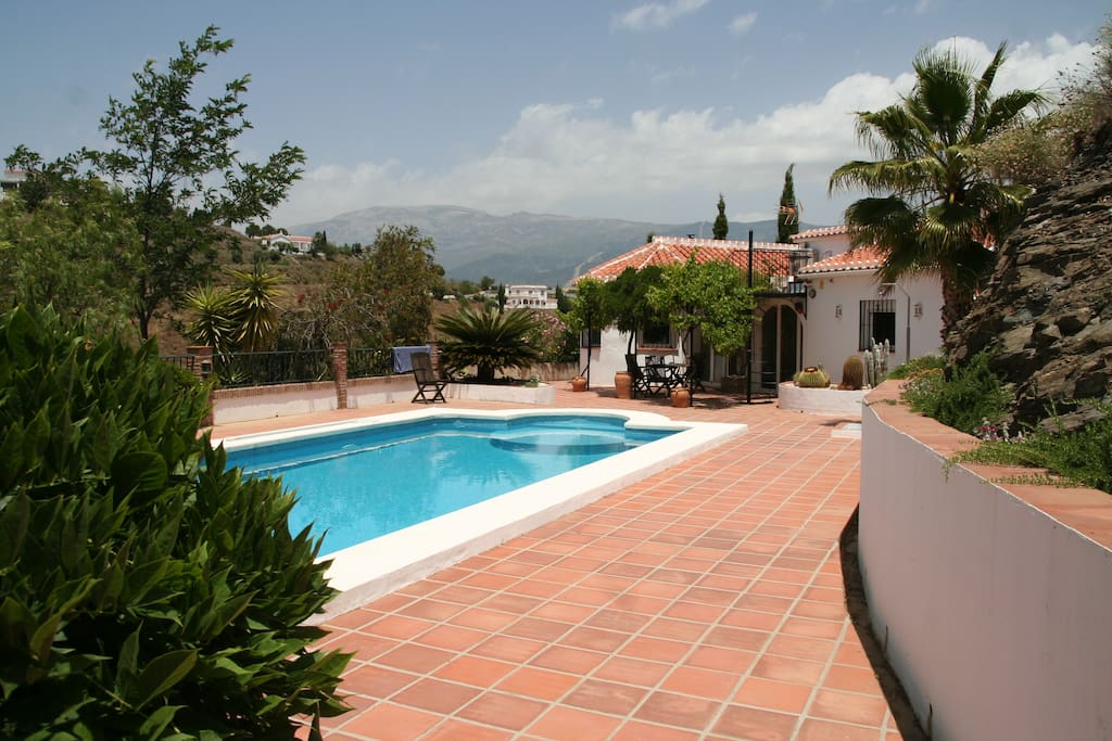 Superb Villa With Large Swimming Pool Holiday Homes For Rent In C Mpeta Andaluc A Spain