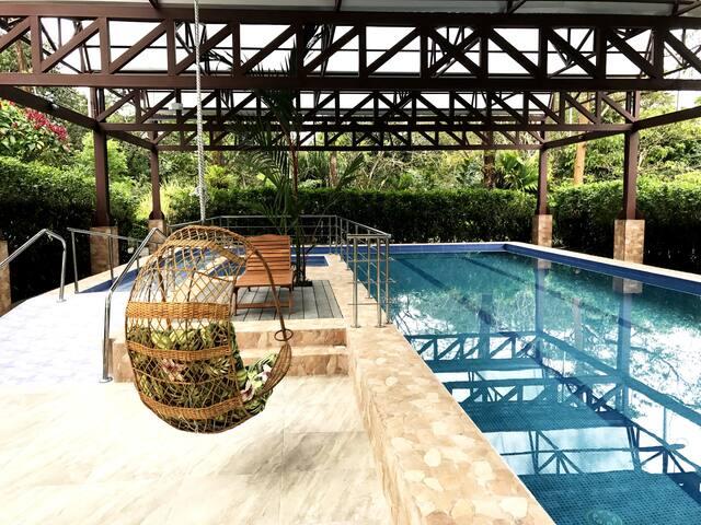 Hotel Villa Tina / Bungalow with Mountain View - Quesada - Stuga