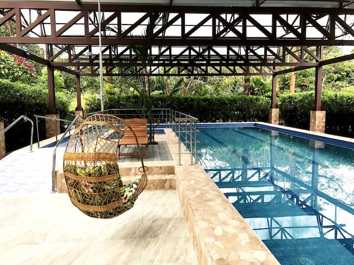 Hotel Villa Tina / Bungalow with Mountain View