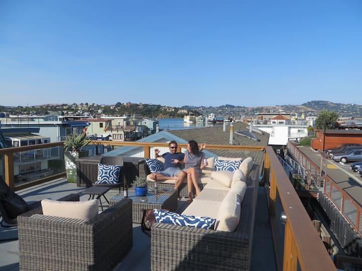 Sausalito houseboat living
