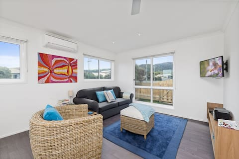 A modern home situated in the heart of Apollo Bay