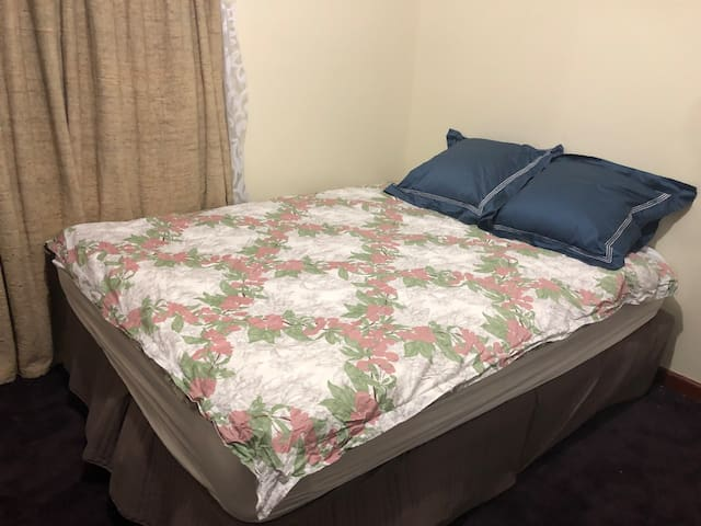 Quiet Room near Melb Airport & Albion Station