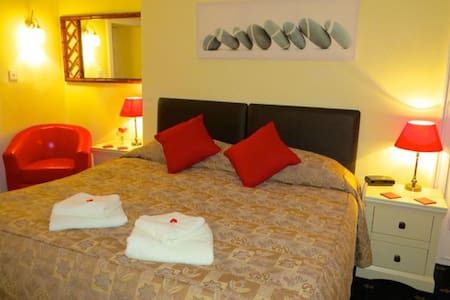 Double/Twin Room - Galashiels - Bed & Breakfast