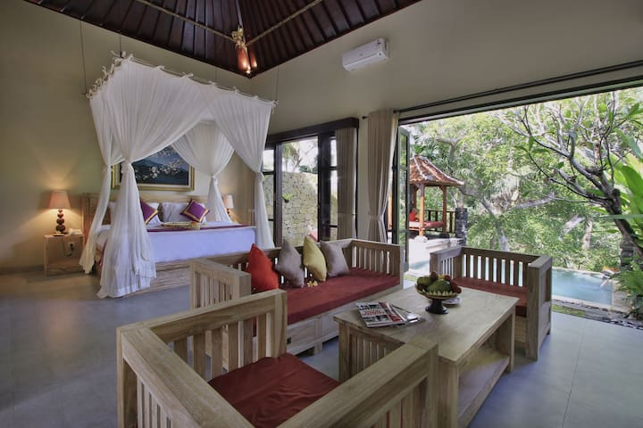 Romantic ambience One bed room private pool villa - Tampaksiring - Villa