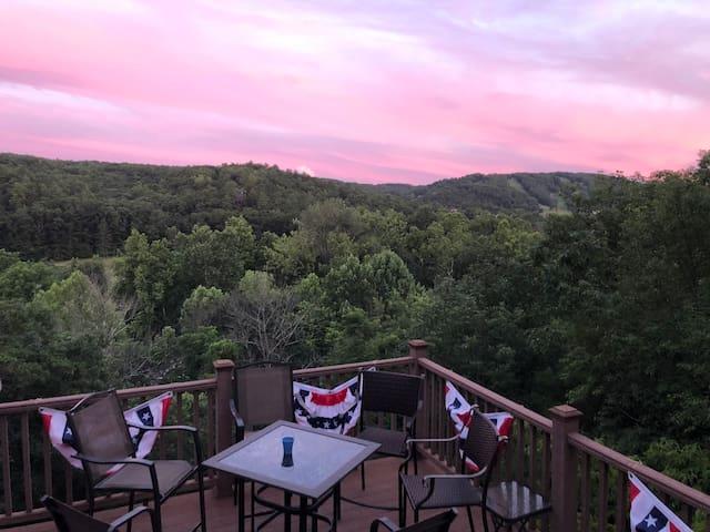 Belle Vue at Bryce Resort - a picturesque escape!