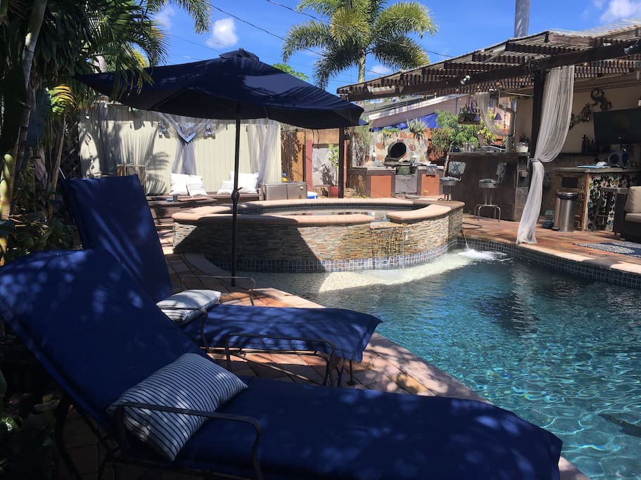 Private Room S W Pool And Hot Tub Houses For Rent In