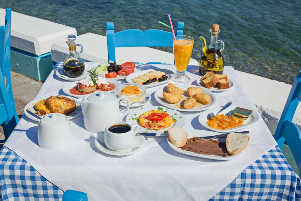 Delicious breakfast on the beach front for 7.00 euro per person per day