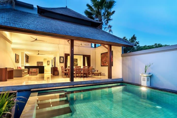 2-3BR Villa w Private Pool Jimbaran