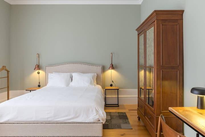 Modern Room in Heart of Porto (Free Breakfast) 3
