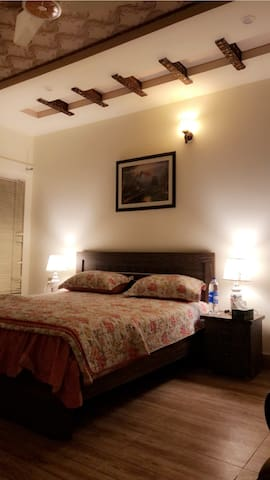Fawn Lodge-2 Bedrooms-Cable Tv, Wifi, A/C& Heating