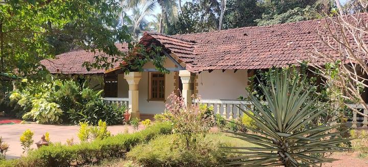 cottage green, Arossim Goa