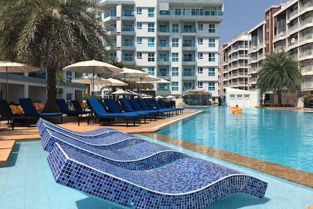 GrandBlue Condo 706 Mae Phim Top floor Sea view