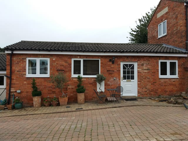Self contained annex in Kingsthorpe