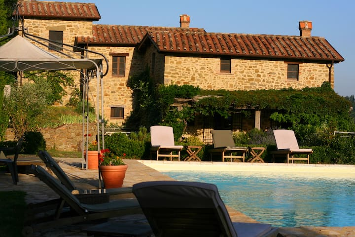 Umbria home, privacy  space  comfort - Monte Santa Maria Tiberina - Villa