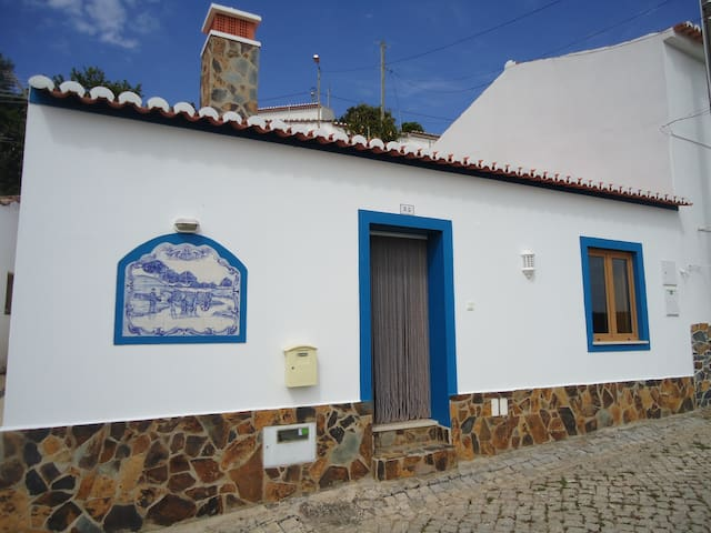 CASA JESUS - Great Old Town house - Wifi, TVbox