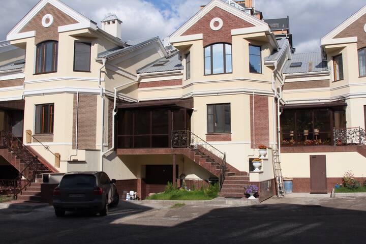 Казань центр. - Казань - House