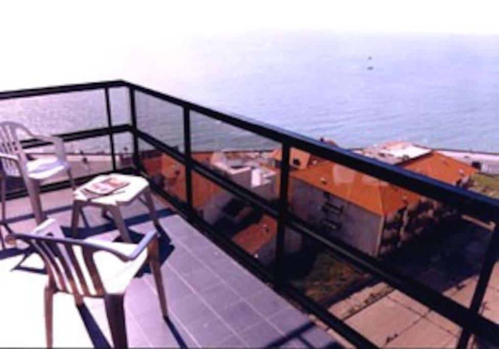 Balcon con vista al mar