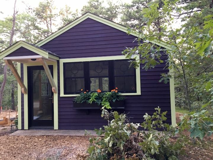 Huddle Hut—escape/remote work @ Wellfleet bungalow