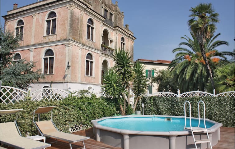 Holiday apartment with 2 bedrooms on 120 m² in Caprona (Pi)