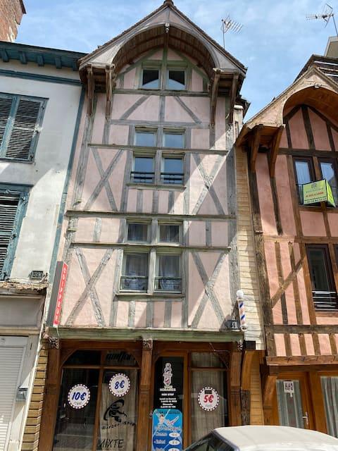 Charmant Duplex centre historique - Les Templiers