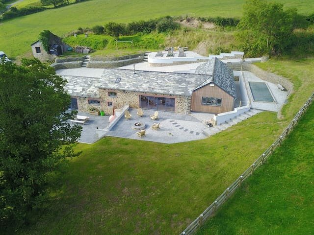 32% OFF Weekly Stays in a Luxury Barn Conversion